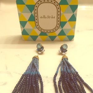 Stella & Dot Iris earrings